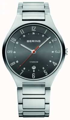 Bering 男士钛金,黑色表盘手表 11739-772