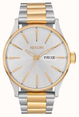 Nixon 哨兵SS |银/金|两音钢手链|银色表盘 A356-1921-00